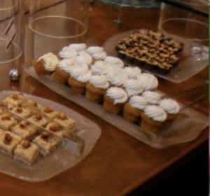 """Al centro le Cupcake o """"Fairy Cake"""" (all'inglese), alla carota"""