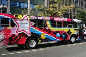 Party amulante sul Bustonian bus, per le strade di Boston